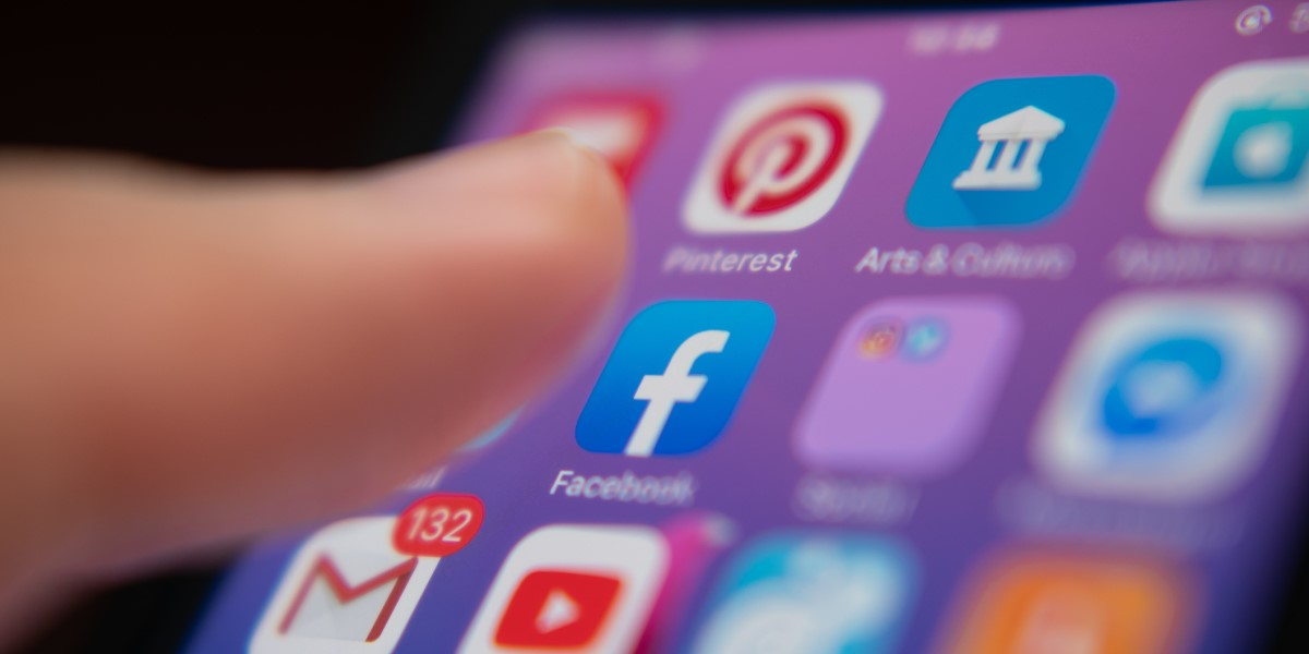 A person picking a social media app on their mobile phone | THAT Agency of West Palm Beach, Florida